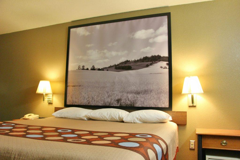 Clean hotel room in Ottawa Kansas - Super 8 Hotel by Wyndham